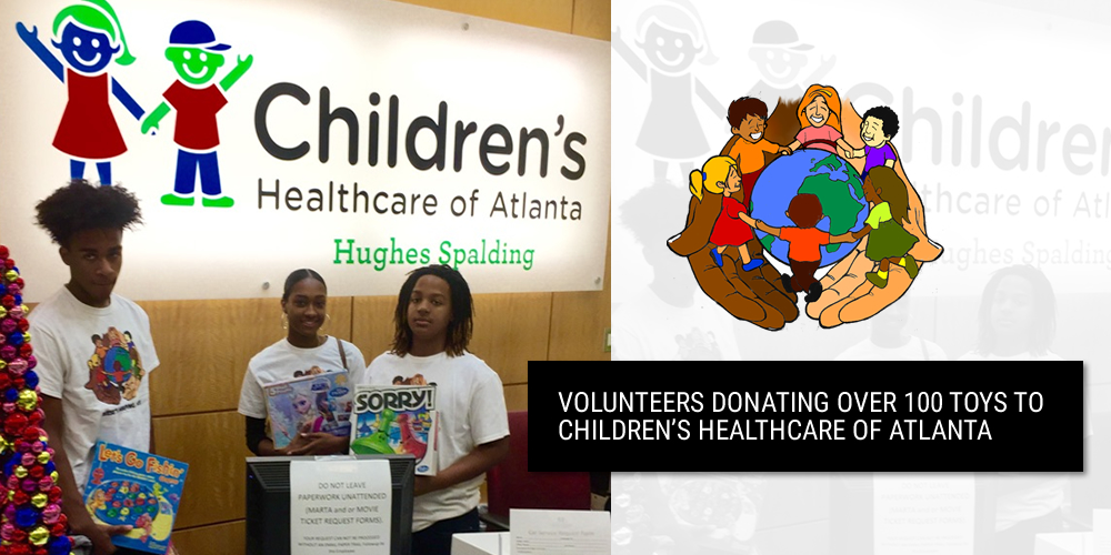 volunteers-donating-over-100-toys